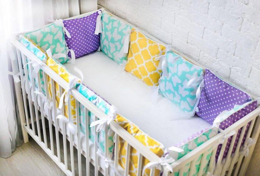 Бортики в кроватку для новорожденных: наши инструкции