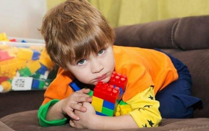 Что делать, если другие дети отбирают свои игрушки