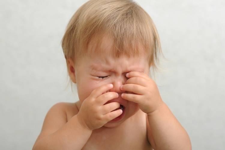 Энурез у детей: причины возникновения недержания мочи у ребенка
