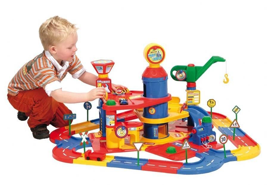 16 лучших игрушек на 4-5 лет для девочек и мальчиков