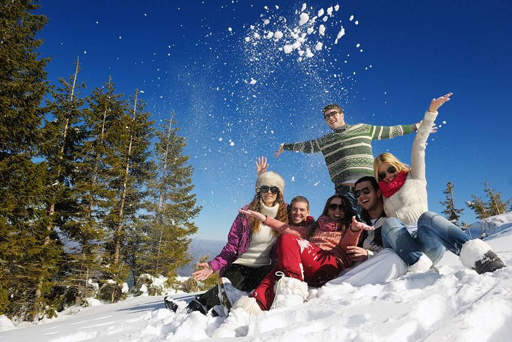 10 способов интересно провести новогодние каникулы с семьей
