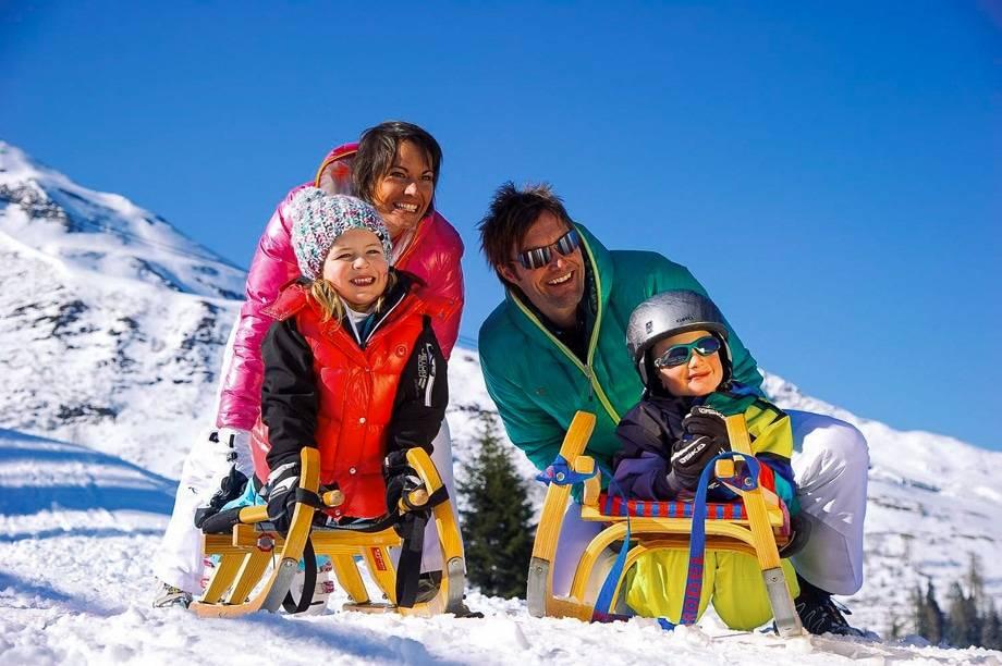 Где отдохнуть зимой с детьми: лучшие места для увлекательного путешествия