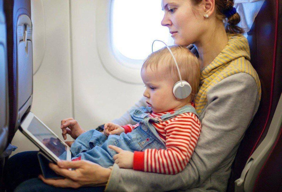 Подготовка к перелету с ребенком. секреты опытных путешественников