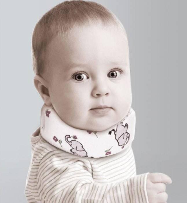 Шина шанца для новорожденных - выбираем воротник вместе с врачом