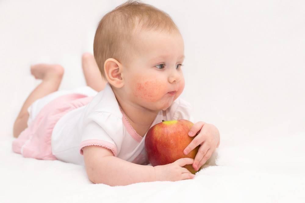 Польза и вред сладостей в питании детей