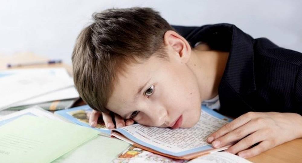 """Как помочь ребенку """"подружиться"""" с домашним заданием без слез и истерик"""