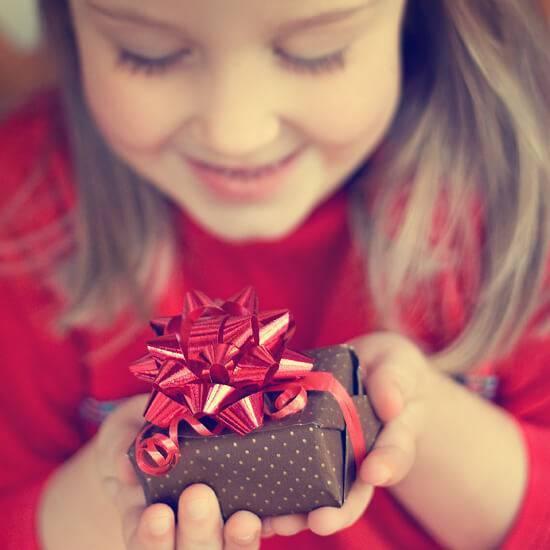 40 лучших подарков на день рождения девочке разного возраста