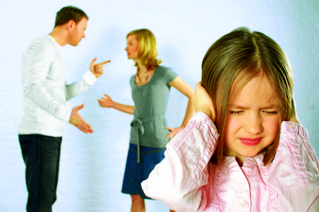 Домашнее насилие: как помочь ребенку, который увидел насилие - советы психолога