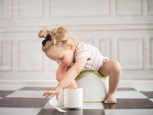 Приучение малыша к горшку: 8 распространенных ошибок