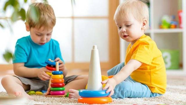 Почему дети не слышат родителей с первого раза?