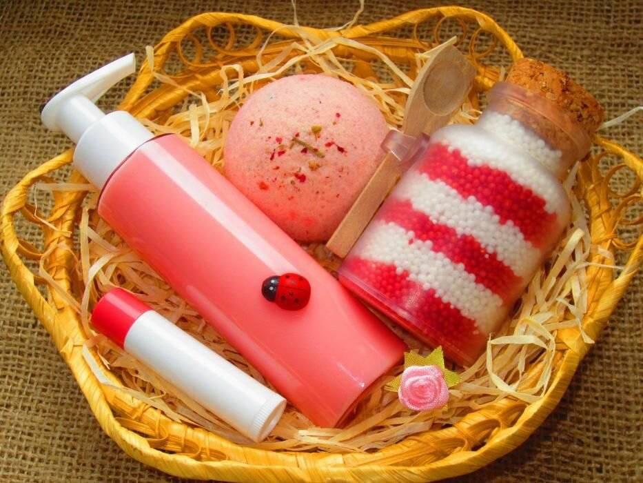 Более 200 новых идей подарков девочке на 8 марта