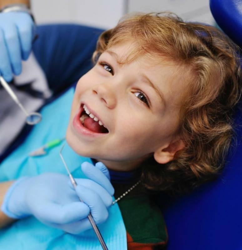 Почему крошатся зубы у ребенка: разрушение молочных зубов у детей от 1 года до 2 лет