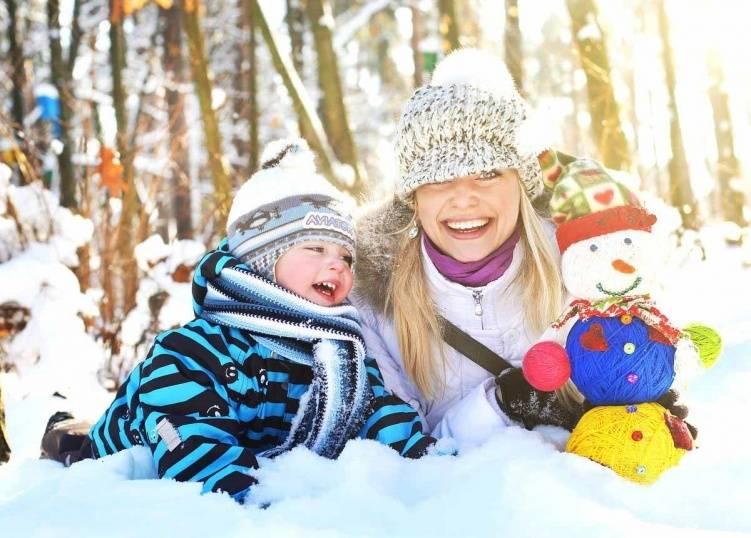 Куда сходить с ребенком на новогодние каникулы: 23 идеи, как весело провести вместе время