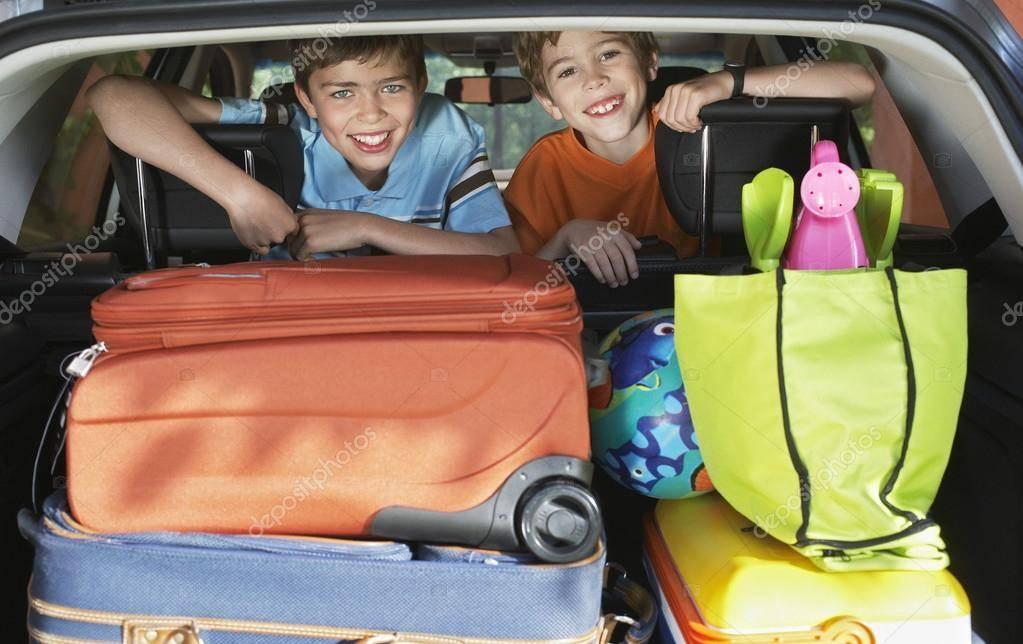 Как подростку пережить долгое путешествие на автомобиле