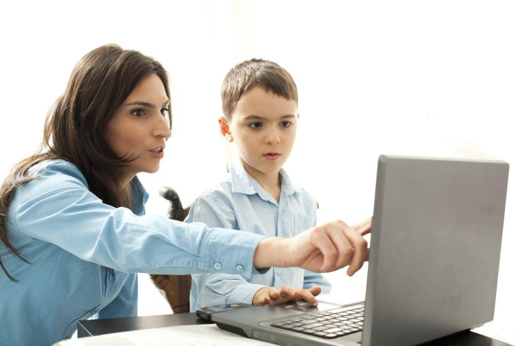 Ребенок и интернет: что разрешать, что запрещать