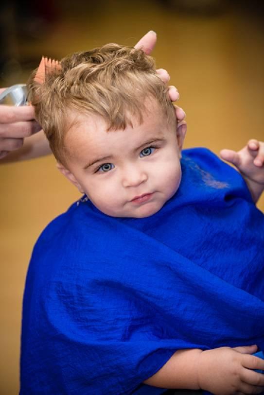 Можно ли стричь волосы малышу: как и когда подстригать ребенка, первая стрижка