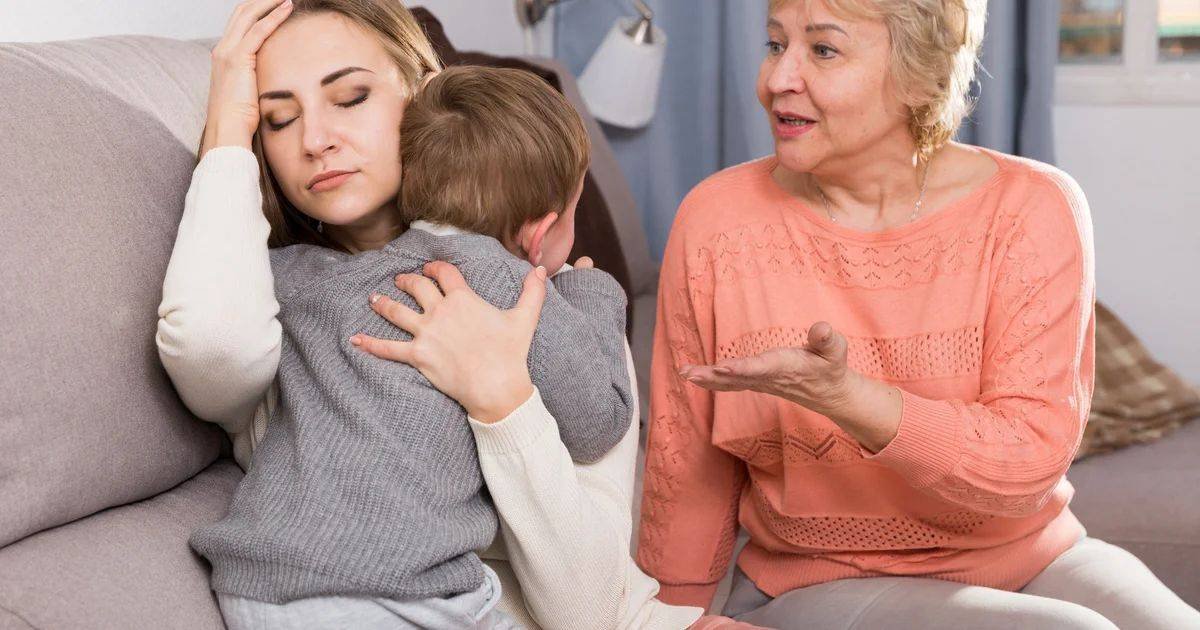 Испортить жизнь ребенку могут 6 популярных родительских фраз