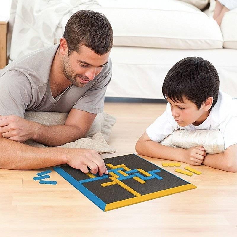 Почему родителям важно играть со своими детьми и какие игры лучше выбирать