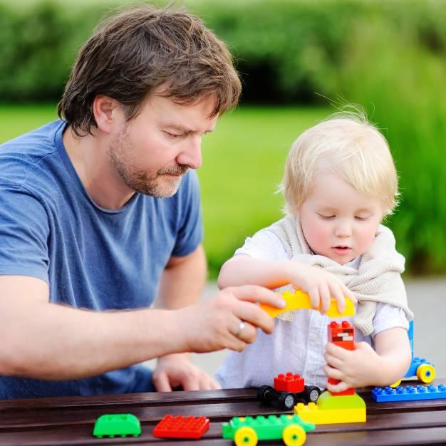 Во что поиграть с ребенком в год   множество идей