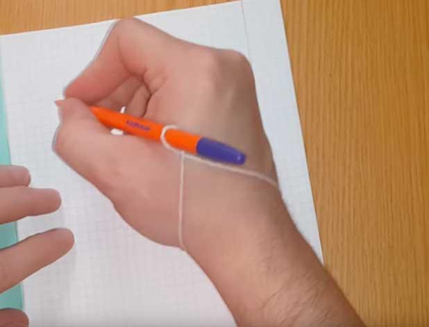 Как научить ребёнка правильно держать ручку? 6 основных способов и несколько дополнительных советов