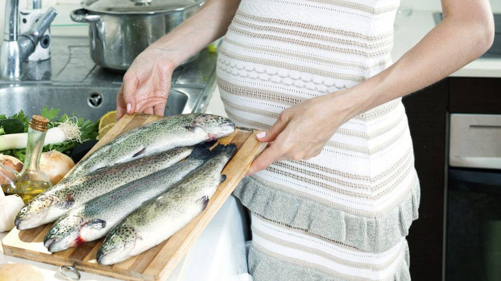 Какую рыбу можно употреблять кормящим мамам ⨮ 5 вкусных рыбных рецептов при гв