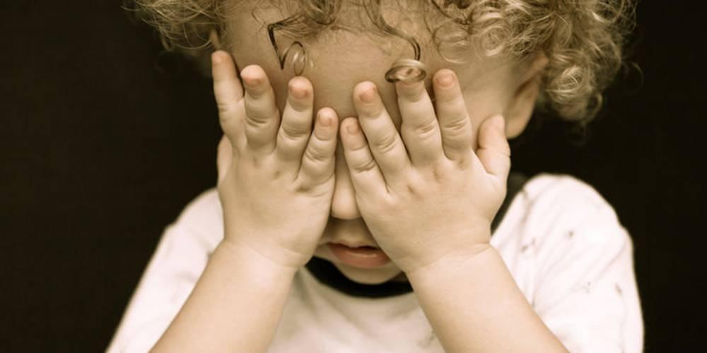 Нерешительный ребенок: как помочь ему преодолеть страхи?
