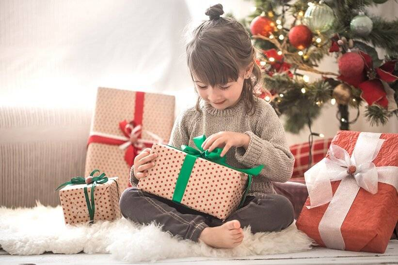 Как дарить подарки на новый год ребенку – советы психолога