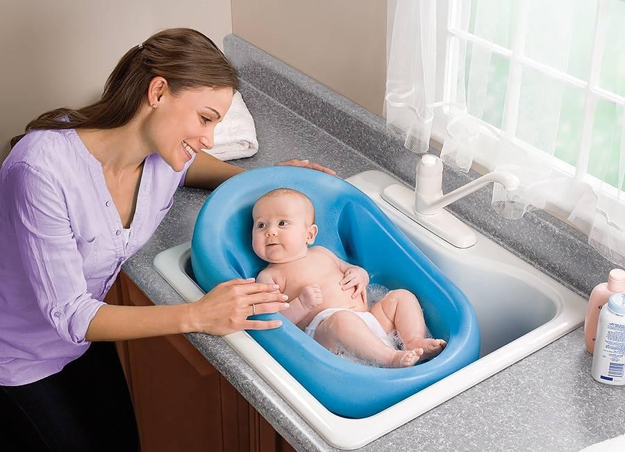 Температура для купания новорожденного ребенка. какая температура воды должна быть?