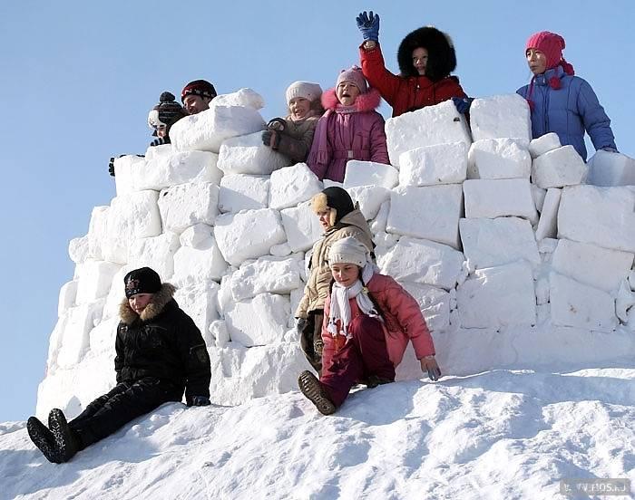 Детские игры зимой на улице - подвижные, командные, спортивные игры для детей на свежем воздухе зимой