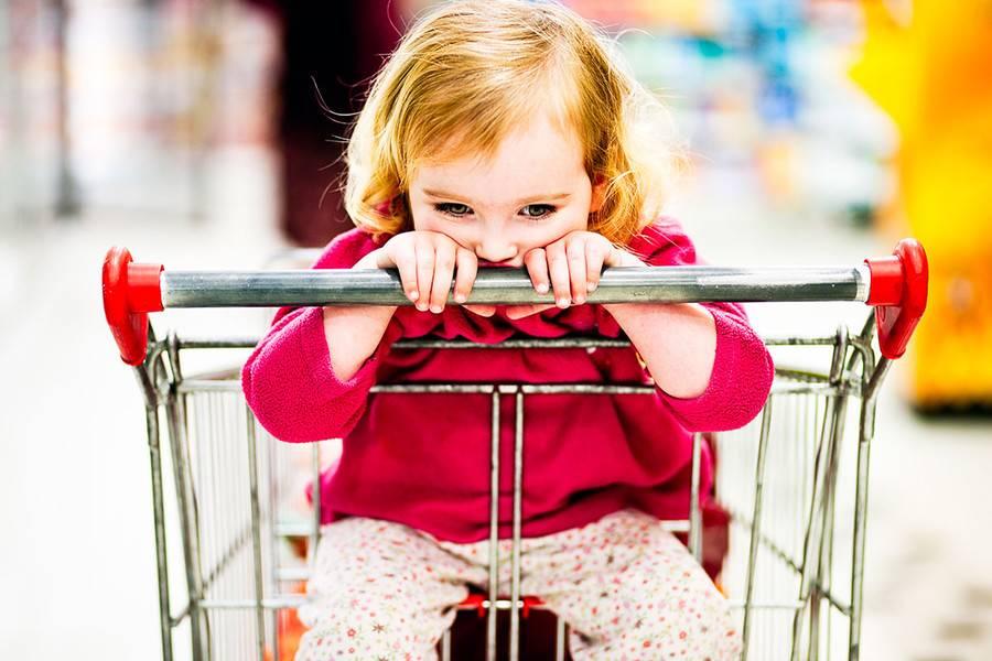 Как реагировать на истерики ребенка (как вести себя)