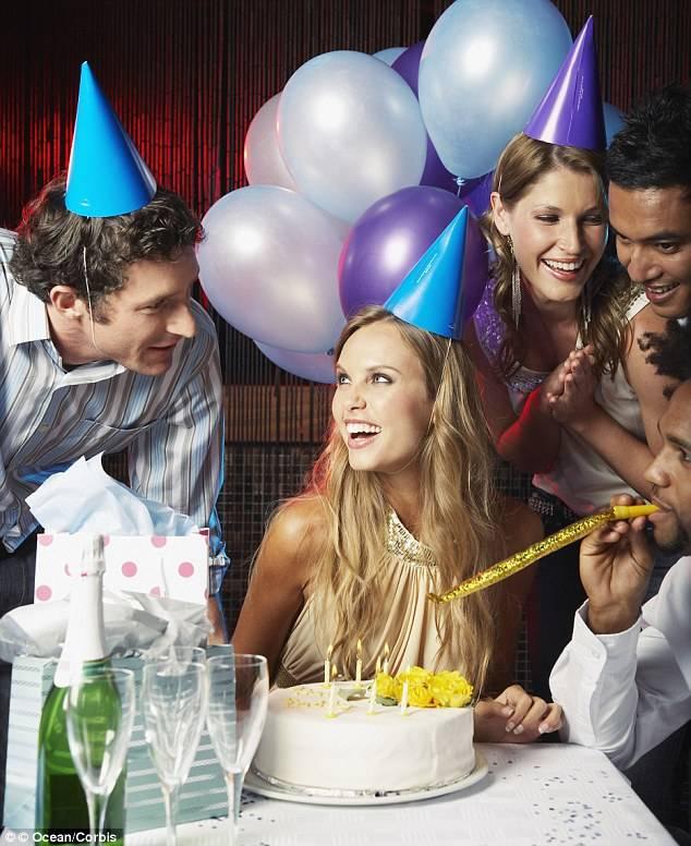 Как весело встретить новый год дома: конкурсы и развлечения