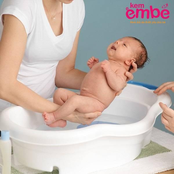 Купание новорожденного: советы мамам, как купать младенца   курсы и тренинги от лары серебрянской