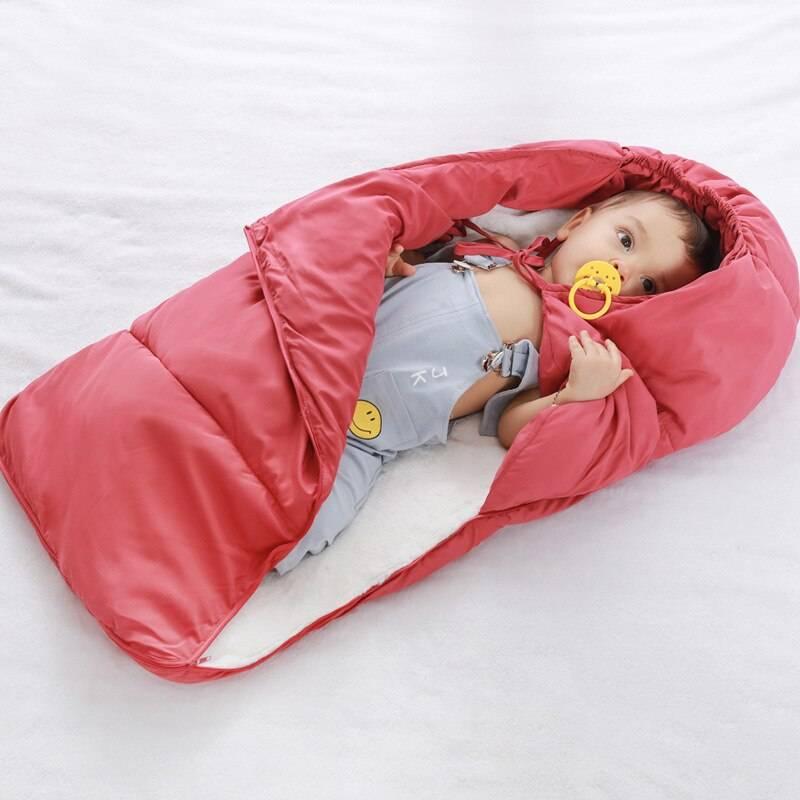 Как выбрать спальный мешок для новорожденного