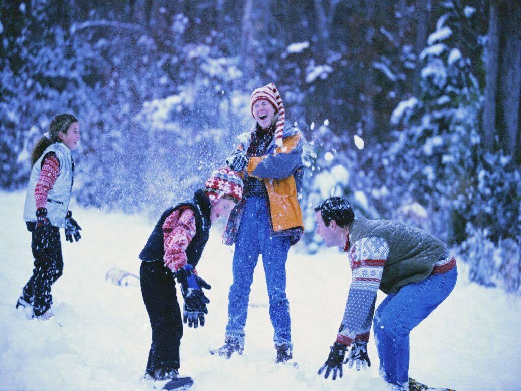 Картотека зимних подвижных игр для детей старшей группы в доу