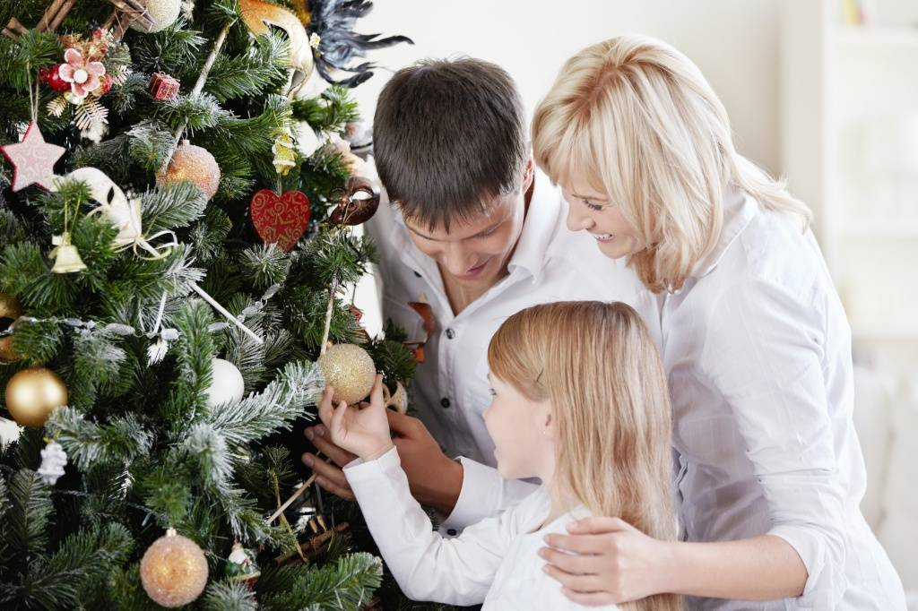 Как встретить новый год дома с детьми весело. конкурсы за столом.