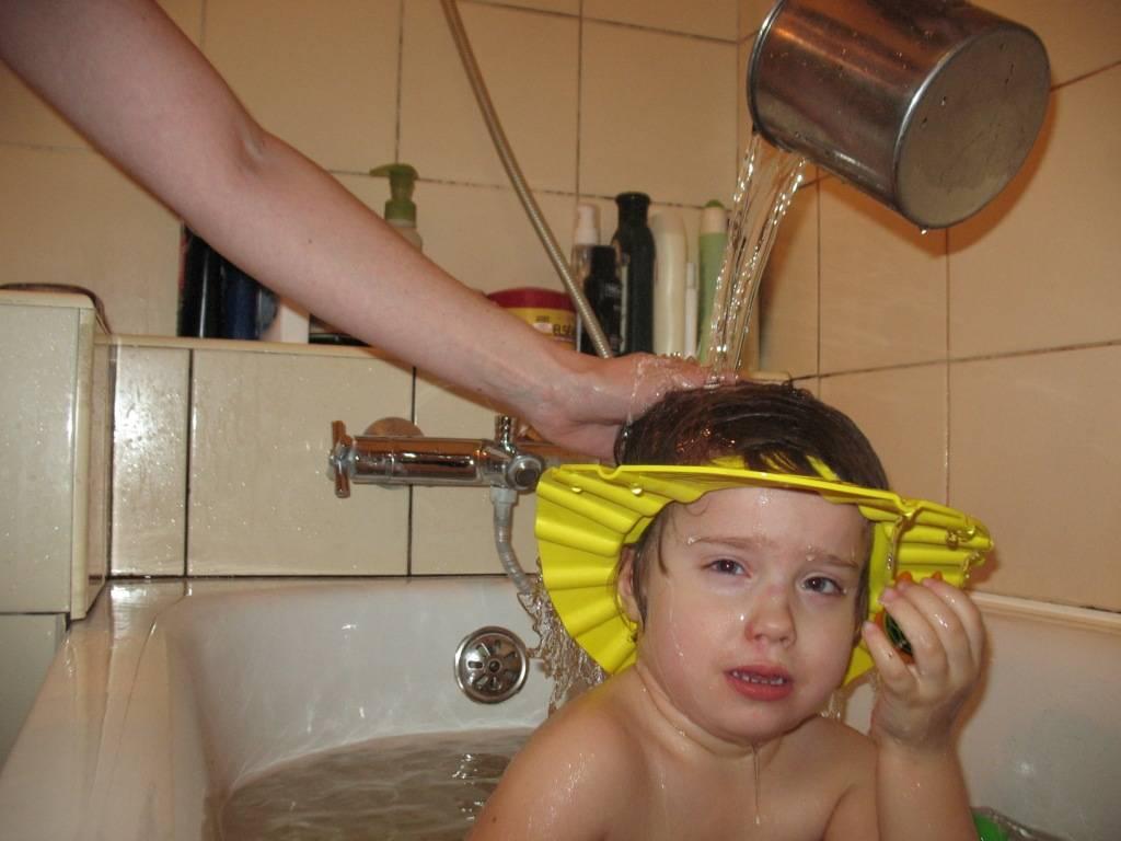 Ребенок не дает мыть голову 2 года. что делать, если ребенок боится мыть голову