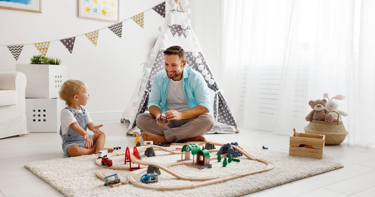Чем занять детей дома: 25+ идей от многодетной мамы