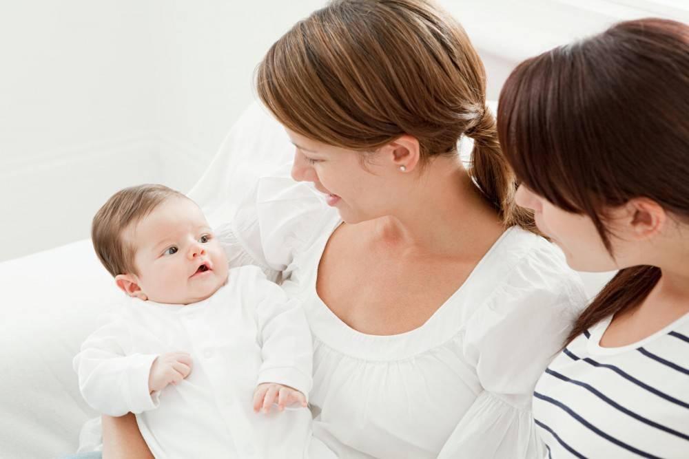 Советы по выбору няни для ребенка - какие требования должны быть