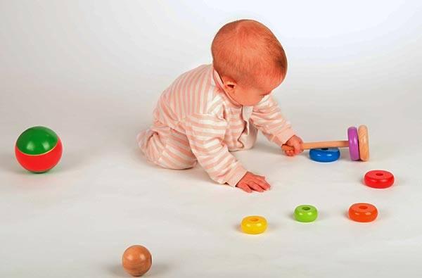 Развивающие игры с детьми: рекомендации родителям детей 2-3 месяцев