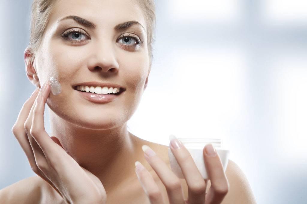 Уход за кожей весной: 3 правила и рейтинг 6 косметических средств