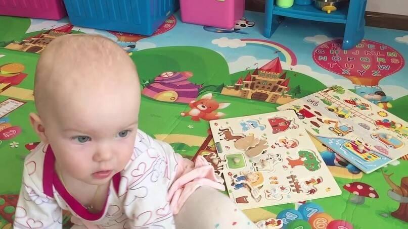 Какие развивающие игры выбрать для ребенка до года. во что играть с ребенком до года
