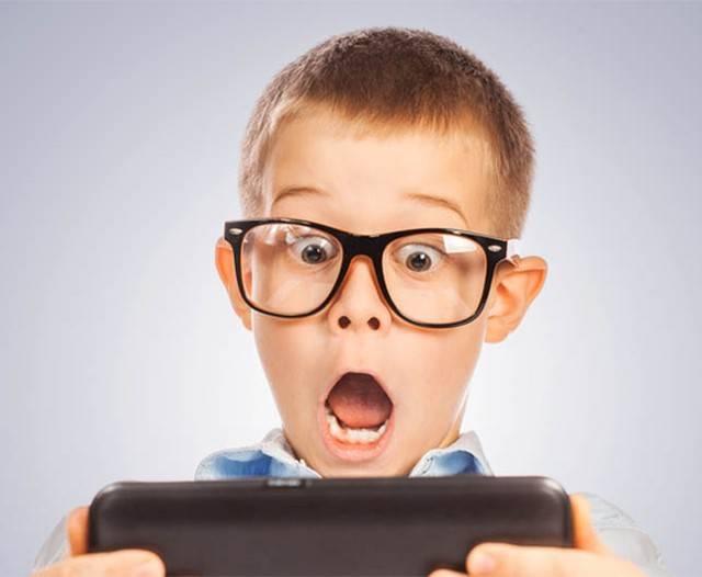 Забираю планшет – ребенок в истерике. что делать?