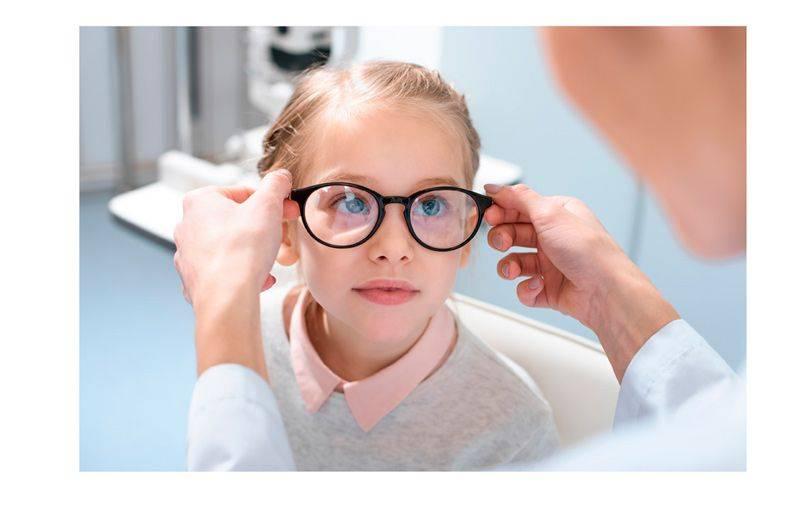 С какого возраста можно носить контактные линзы?