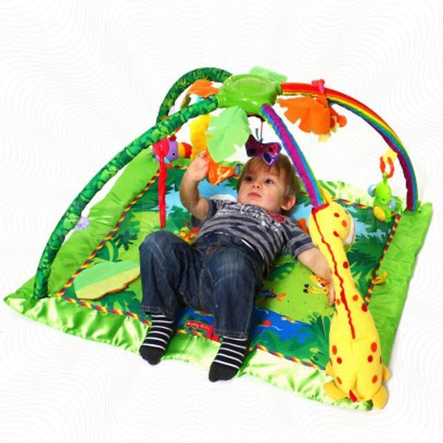 Развивающий коврик - как выбрать по возрасту ребенка, качеству, комплектации и стоимости