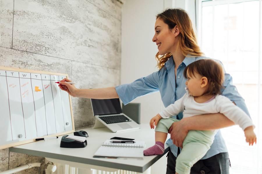 Работающая мама: за и против. должна ли мама работать? - портал обучения и саморазвития