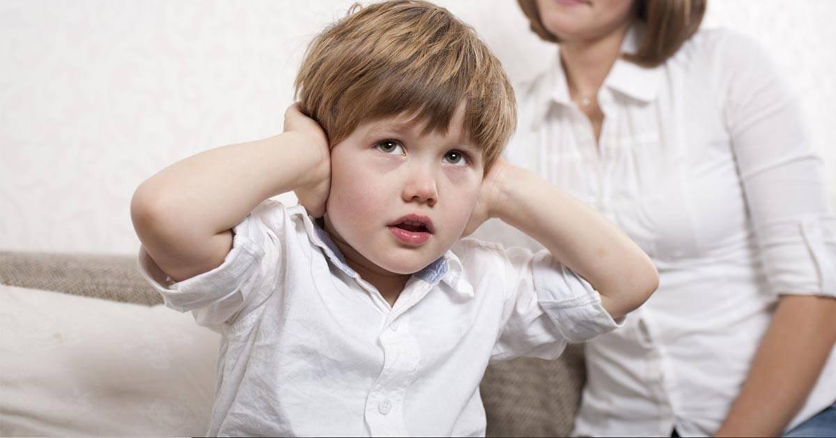 Что делать если ребенок боится оставаться один
