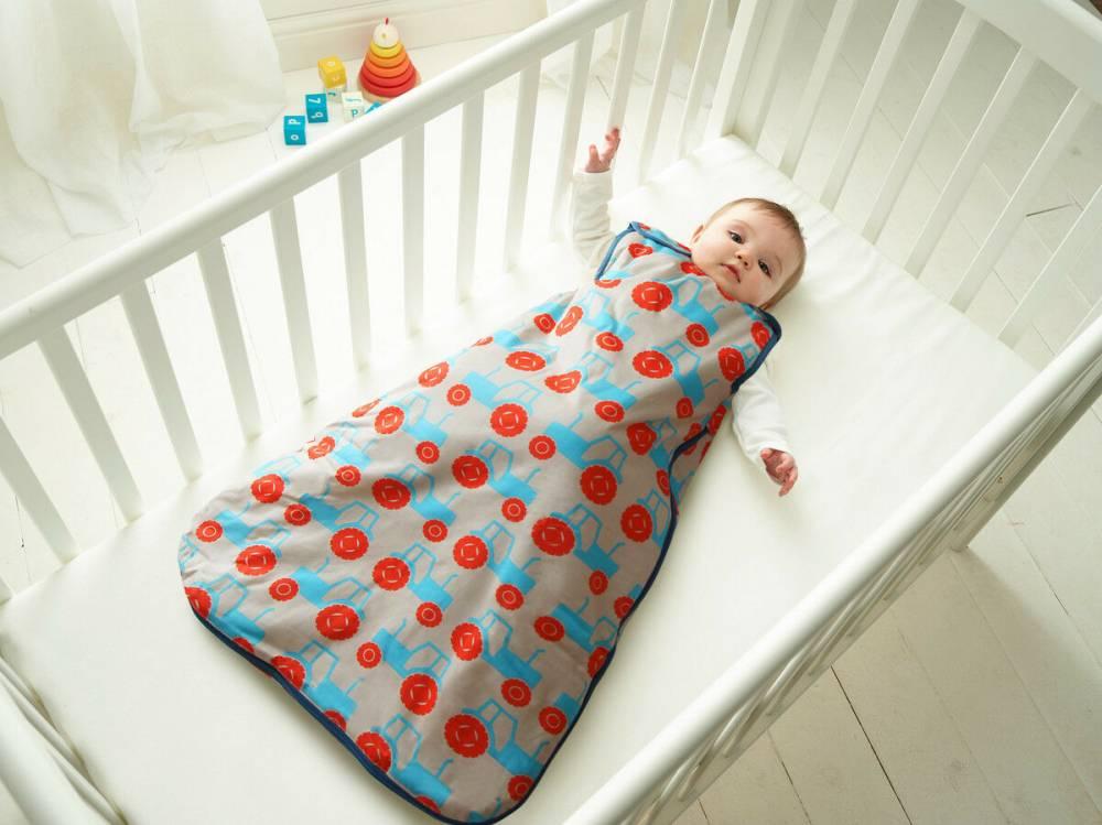 Как выбрать спальный мешок для малыша