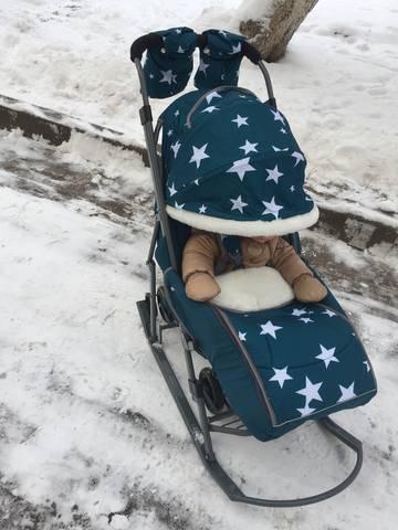 Cанки-коляска: с какого возраста можно использовать?