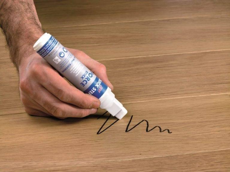 Чем вывести пятно от фломастера с ткани, мебели и другой поверхности