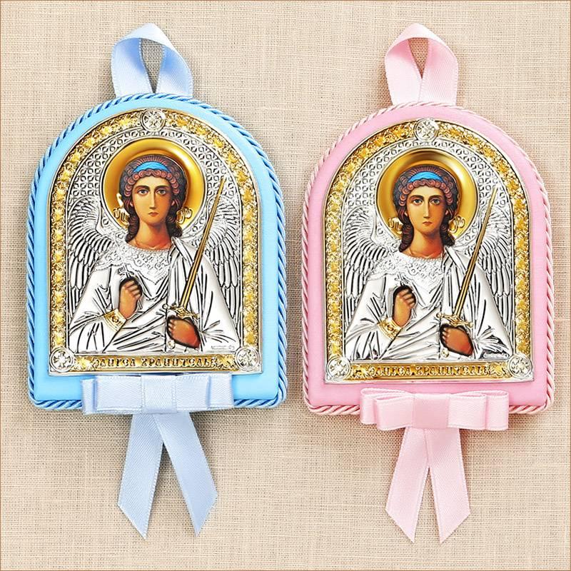 Выбор крестильного набора для девочки: примеры и состав